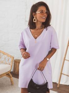 Fioletowa sukienka SELFIEROOM z krótkim rękawem prosta mini