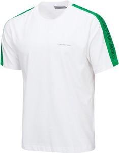 T-shirt Calvin Klein z bawełny w stylu casual z krótkim rękawem