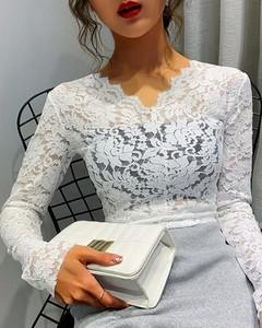 Bluzka Kendallme z długim rękawem z dekoltem w kształcie litery v
