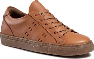 Brązowe buty sportowe Quazi ze skóry sznurowane