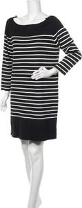 Sukienka Joe Fresh prosta z okrągłym dekoltem w stylu casual