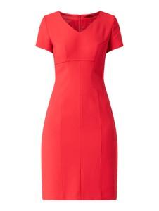 Czerwona sukienka Hugo Boss z dekoltem w kształcie litery v