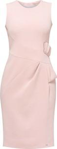Różowa sukienka Monnari bez rękawów midi