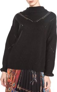 Czarny sweter Guess z dzianiny