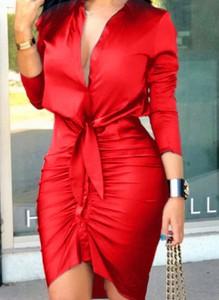 Czerwona sukienka Sandbella kopertowa midi z długim rękawem