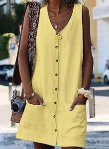 Żółta sukienka Cikelly w stylu casual z dekoltem w kształcie litery v
