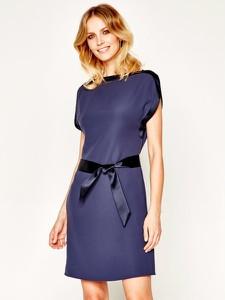 Niebieska sukienka Emporio Armani w stylu casual z krótkim rękawem