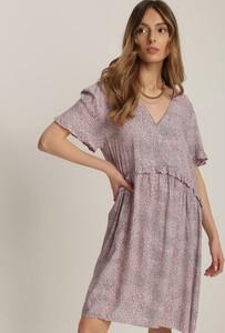 Różowa sukienka Renee z dekoltem w kształcie litery v z krótkim rękawem mini