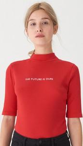 Czerwony t-shirt House z krótkim rękawem w młodzieżowym stylu