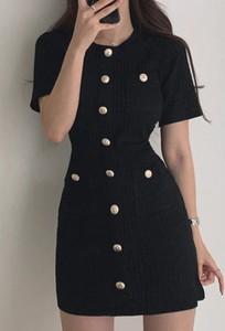 Czarna sukienka Arilook z długim rękawem z okrągłym dekoltem w stylu casual