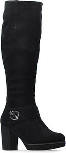 Czarne kozaki Caprice przed kolano