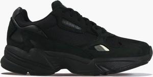 Sneakersy Adidas Originals z płaską podeszwą w sportowym stylu