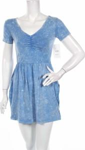 Niebieska sukienka RVCA z dekoltem w kształcie litery v mini w stylu casual