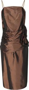 Brązowa sukienka Fokus dopasowana