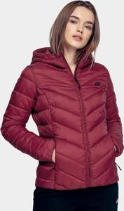 Czerwona kurtka 4F w stylu casual