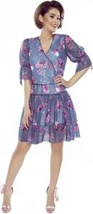 Sukienka Manumo z długim rękawem z tiulu