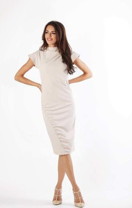 Sukienka Nommo z krótkim rękawem