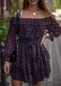 Sukienka Fason hiszpanka mini z długim rękawem