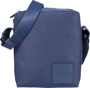 Niebieska torba Calvin Klein
