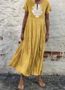 Żółta sukienka Cikelly z krótkim rękawem