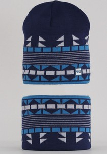 Granatowa czapka Agbo