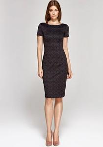 Czarna sukienka Colett z krótkim rękawem z okrągłym dekoltem