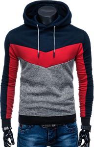 Czerwona bluza Edoti w młodzieżowym stylu