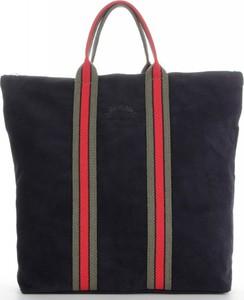 Czarna torebka VITTORIA GOTTI ze skóry na ramię