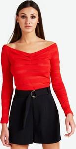 Czerwona bluzka Guess z tkaniny