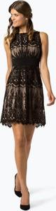 Czarna sukienka Swing z dekoltem w łódkę mini bez rękawów