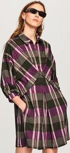 Sukienka Reserved koszulowa z kołnierzykiem