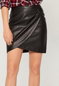 Czarna spódnica Mohito ze skóry ekologicznej