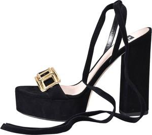 Sandały Elisabetta Franchi z klamrami ze skóry