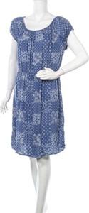 Sukienka Emerson z krótkim rękawem w stylu casual
