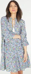 Sukienka Unisono z tkaniny z długim rękawem mini