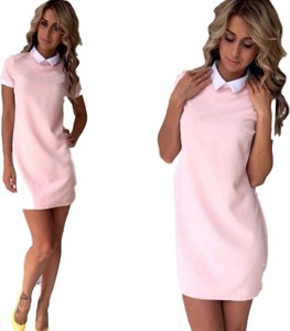 Różowa sukienka Yaze mini ołówkowa