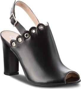 Sandały Oleksy ze skóry na wysokim obcasie w stylu casual