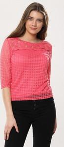 Różowa bluzka born2be z długim rękawem z okrągłym dekoltem