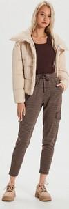 Brązowe spodnie Cropp w militarnym stylu