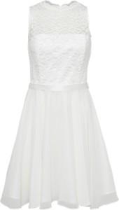Sukienka swing z szyfonu bez rękawów rozkloszowana