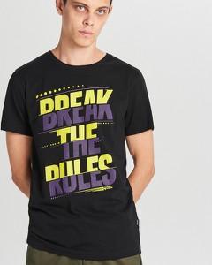 0537c2c5 T-shirty męskie Cropp, kolekcja lato 2019