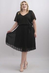 Sukienka KARKO z szyfonu z krótkim rękawem midi