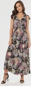Sukienka born2be z dekoltem w kształcie litery v bez rękawów w stylu boho