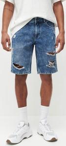 Niebieskie spodenki Reserved z jeansu