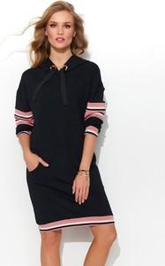 Czarna sukienka Numinou w stylu casual midi z długim rękawem