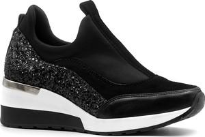 Sneakersy Neścior