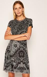 Sukienka Desigual z krótkim rękawem
