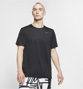 T-shirt Nike w stylu casual z krótkim rękawem
