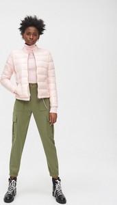 Różowa kurtka Cropp krótka