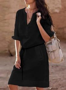 Czarna sukienka Cikelly midi z dekoltem w kształcie litery v